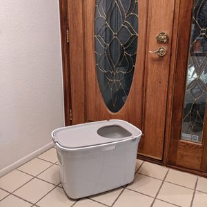 Cat Litter Box for Sale in Walnut, CA