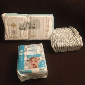 Bundle Of Diapers Size 5 for Sale in Gardena, CA