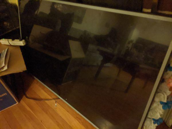 "50"" UHD TV"