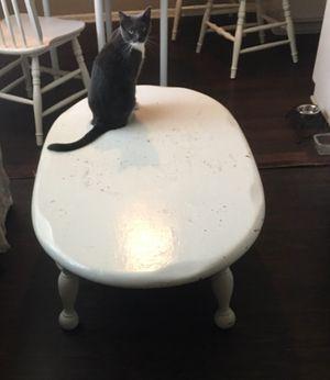 Heavy wood coffee table for Sale in Rosemead, CA