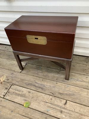Beautiful Vintage storage Box Table. for Sale in Bowie, MD