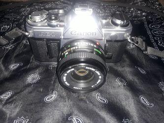 Canon AE-1 vintage SLR 35mm film camera | Canon Lens FD 50mm 1:1.8 for Sale in Denver,  CO