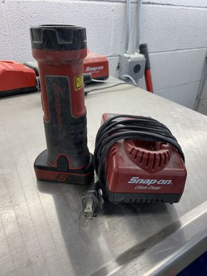 Snap on flashlight kit W/Battery & Charger for Sale in Gainesville, VA