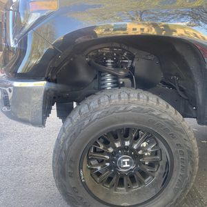 Lift Kit And Vinyl Wrap For Sale for Sale in Scottsdale, AZ