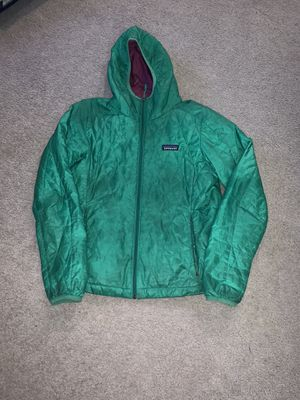 Patagonia women M green puffer hoodie for Sale in Portland, OR