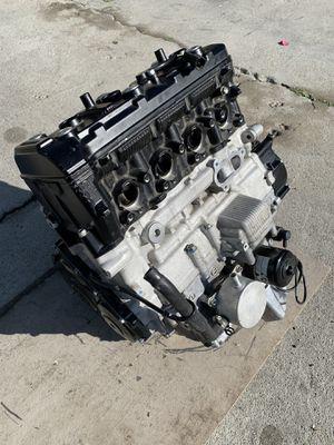 2014 Suzuki GSX R750 Motorcycle Engine Block Complete for Sale in Los Angeles, CA