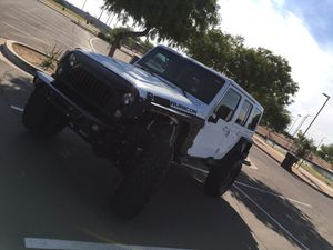 2015 Jeep Wrangler rubicon for Sale in Phoenix, AZ