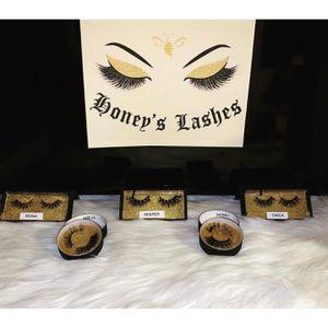 Eyelashes for Sale in Hawaiian Gardens, CA