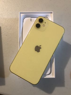 iPhone 11 Yellow 128gb unlocked for Sale in Wichita, KS