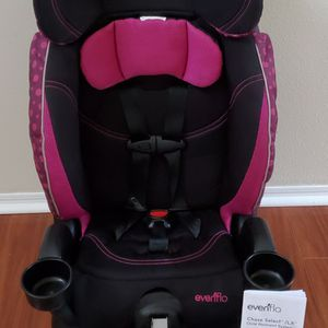 Pink Evenflo Booster CarSeat With Cupholders for Sale in Orlando, FL