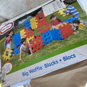 Little Tikes Big Waffle Blocks for Sale in Anaheim, CA