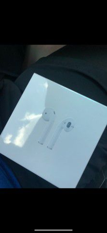 Apple Airpods 2nd gen for Sale in Duluth, GA
