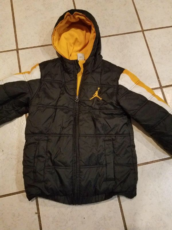 Boy's black and yellow Air Jordan zip-up hoodie jacket Size Small