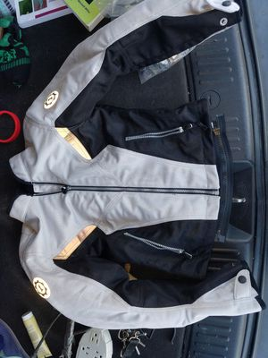 Women's xs first gear motorcycle Jacket for Sale in Miami Gardens, FL