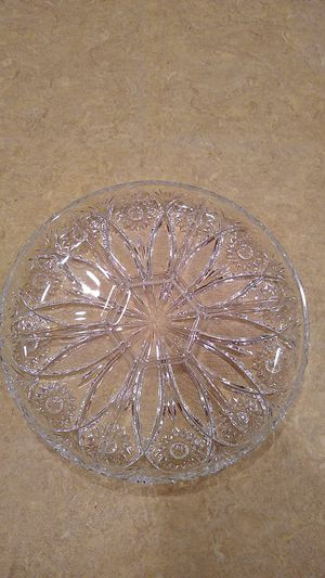 6-segment cut glass crudites/party platter for Sale in Weymouth, MA