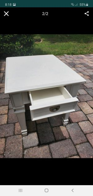 White contemporary with drawer side table night stand for Sale in Orlando, FL