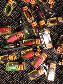 Brads Wigglers Crank Bait, 23 all new in boxes for Sale in Brier,  WA