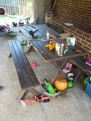 Picnic Table and Benches for Sale in Lynchburg, VA