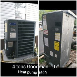 AC unit 4 tons by Goodman Heat pump R22 for Sale in Jacksonville, FL
