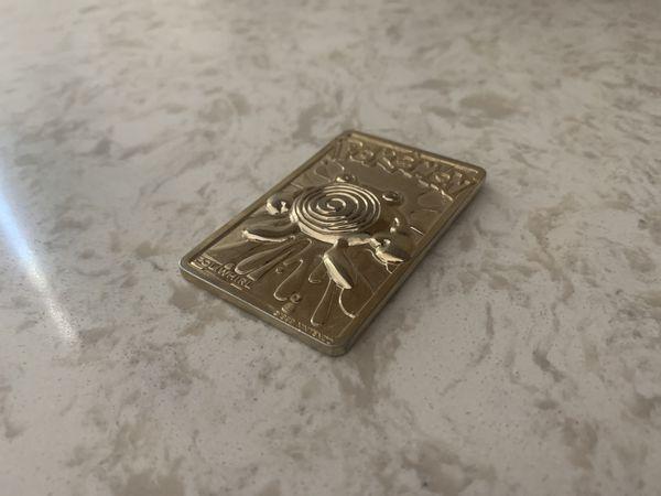 Gold Pokemon card