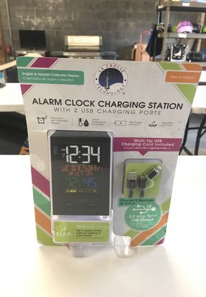 Alarm Clock with Cell phone Charging Station for Sale in Maple Heights, OH
