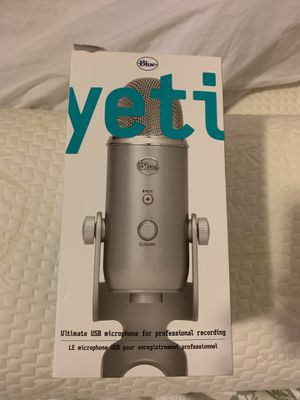 Brand New Yeti USB Microphone - Silver for Sale in Essex, MD