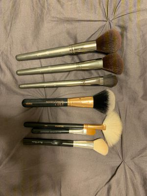 Makeup Brushes- BH, Morphe, Profusion, Bare Mineral for Sale in Glendale, AZ