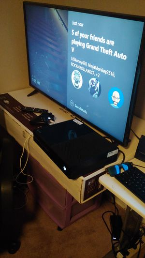 Xbox one 500gb for Sale in Laveen Village, AZ