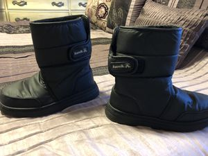 Snow boots kids size 8 for Sale in Cape Coral, FL
