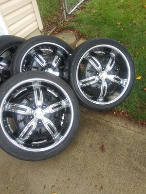5×120 20 inch massive rims and tires for sell for Sale in Columbus, OH