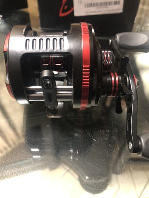 FISHING REEL for Sale in South Gate, CA