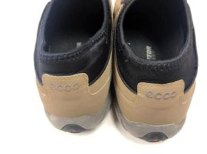 2 Pair Pre-Owned KEEN Mary Jane Shoes & ECCO Sneakers Sizes 8 to 8.5 for Sale in Chillicothe, IL