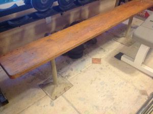 Gym Equipment workout old school wood bench for Sale in Miramar, FL