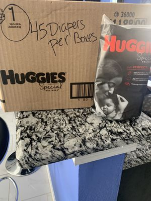 Brand new Huggies diapers for newborn up to 14 pounds for Sale in Saginaw, TX