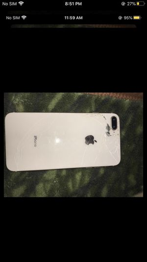 IPhone 8 Plus for Sale in Bakersfield, CA