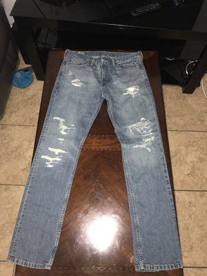 Levi's Ripped Jeans Men for Sale in Miami, FL
