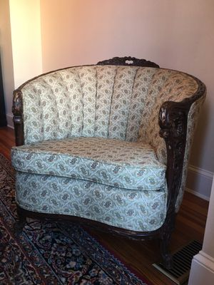 Antique tufted chair for Sale in Washington, DC