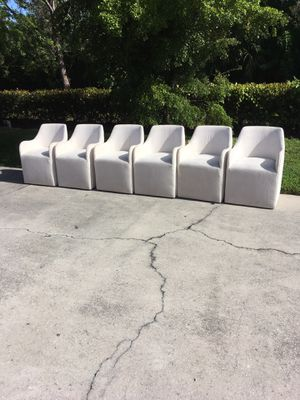 2 White Chairs on Wheels DELIVERY AVAILABLE 🚗 for Sale in Bonita Springs, FL