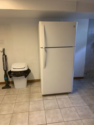 Fridge in perfect condition has warranty for Sale in Rye Brook, NY