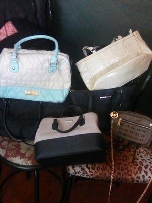 6 purses for Sale in Covina, CA