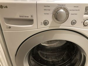 LG front loading washer for Sale in Glendale, CA