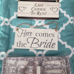 Wedding 3 for $30.00 for Sale in Tampa, FL