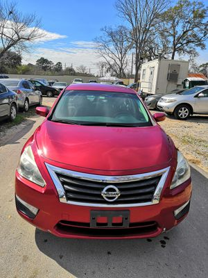 2014 NISSAN ALTIMA,CLEAN TITLE,NEAT INTERIOR,COLD AC,130K MILES for Sale in Houston, TX