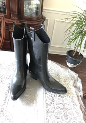 Rain boots/ size8 for women for Sale in Orange Park, FL