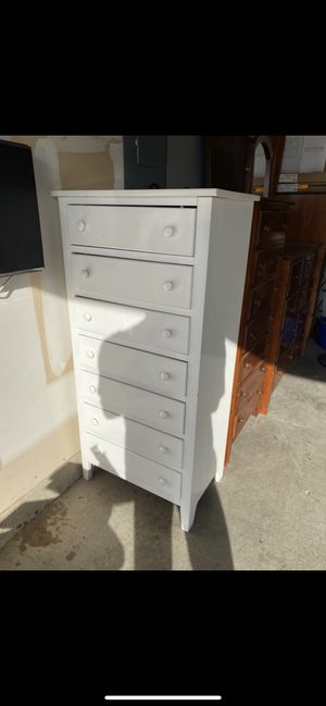 White dresser and night stand for Sale in Keller, TX