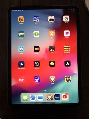 IPad Pro 11 256GB Wifi/Cellular Unlocked for Sale in Burbank, CA