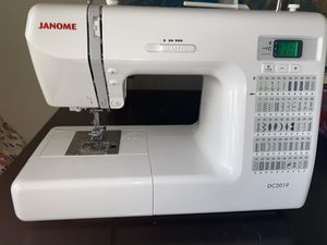 Janome DC2019 (Sewing machine) for Sale in Fresno, CA