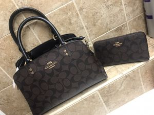 Purse Sets & Wristlets for Sale in New Port Richey East, FL