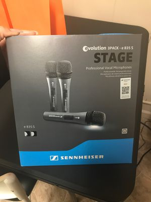 Sennheiser 3 pack stage microphones for Sale in Redford Charter Township, MI
