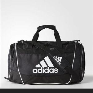 Adidas Defender 2 Duffle Bag for Sale in Mesa, AZ